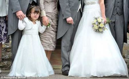 دختری که در عروسی همه را شگفت زده کرد