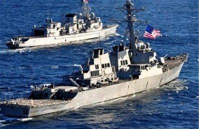 نزدیک شدن دو ناو جنگی بیگانه به منطقه رزمایش قدرت