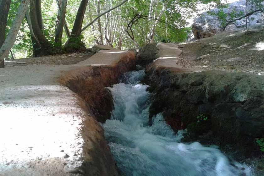 آبشار استهبان بهترین تصمیم برای سفر در تعطیلات نوروز