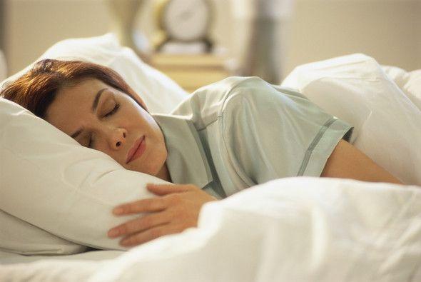 در شبانه روز چقدر باید بخوابیم