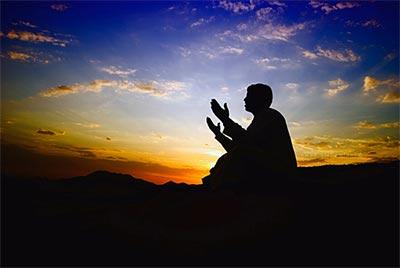 دعا و ذکر عزیز شدن پیش دیگران