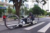 موتورسیکلتی مجهز به موتورهواپیما