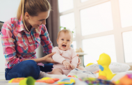 مراقبت از کودک در منزل
